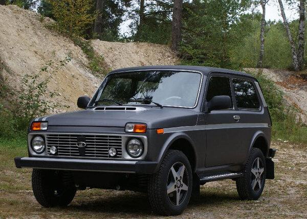 lada 4x4 tsarina 22 versions partir de 13990 ttc lada. Black Bedroom Furniture Sets. Home Design Ideas