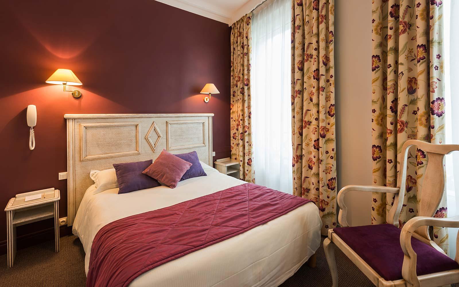 Chambres confort hotel vivienne op ra for Hotel paris chambre 5 personnes