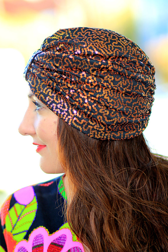 Turban-sequins noir-or.jpg
